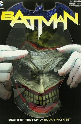 Batman Death of The Family Book & Mask Set