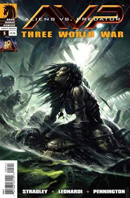 Aliens vs Predator: Three World War #5
