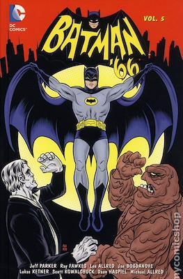 Batman '66 (Hardcover 176-160-256 pp) #5