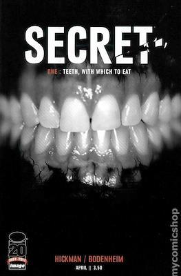 Secret (2012) (Comic books 32 pags) #1