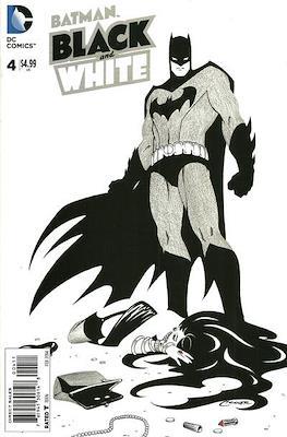Batman: Black and White Vol. 4 (Grapa) #4
