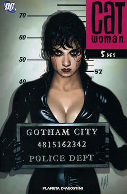 Catwoman (2007) (Rústica. 96-128 páginas) #5