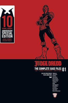 Judge Dredd: The Complete Case Files 01 10th Anniversary Edition