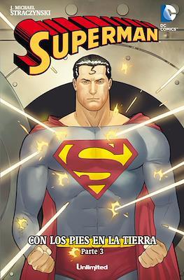 Superman. Con los pies en la tierra (Rústica) #3
