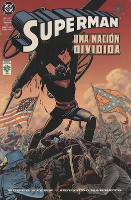 Superman: Una Nación Dividida