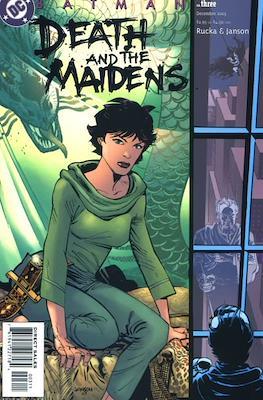 Batman: Death and the Maidens (Cómic grapa) #3