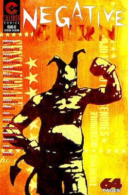 Negative Burn (1993-1997) (Grapa, blanco y negro, 26 x 17 cms, 24 pp) #42