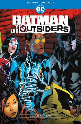 Batman y los Outsiders: Segunda Temporada - Una liga propia (Rústica 224 pp)