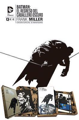 Batman: El regreso del Caballero Oscuro. Cofre Edición especial 30 Aniversario