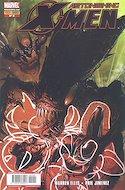 Astonishing X-Men vol.3 (2010-2014) (Grapa) #9